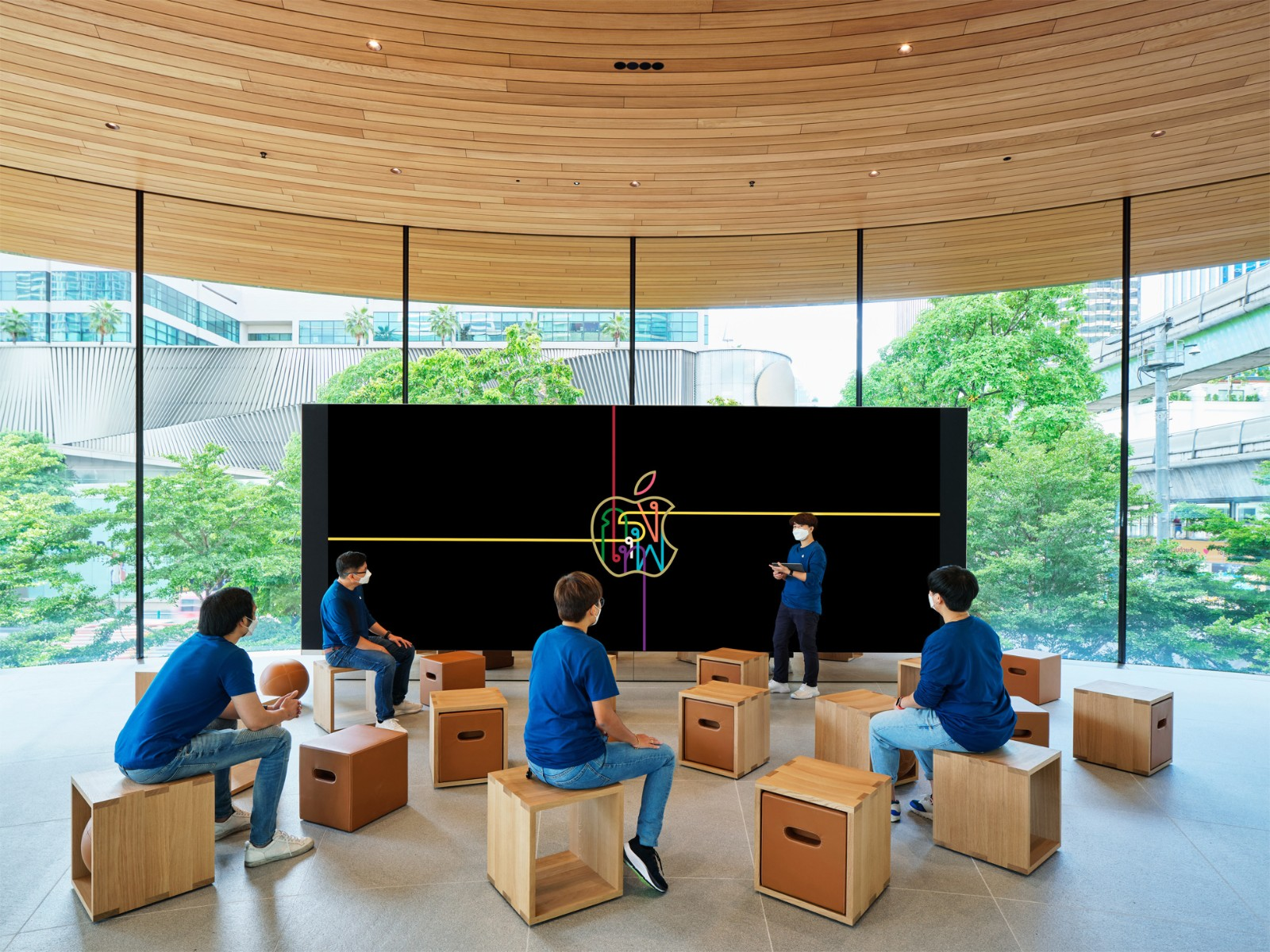 Apple Central World Forum 互動坊的影像牆。.jpg
